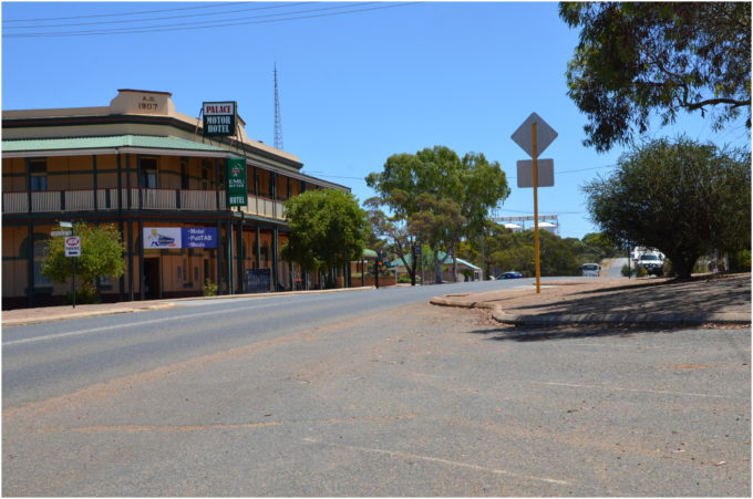 accommodation guide nullarbor plain