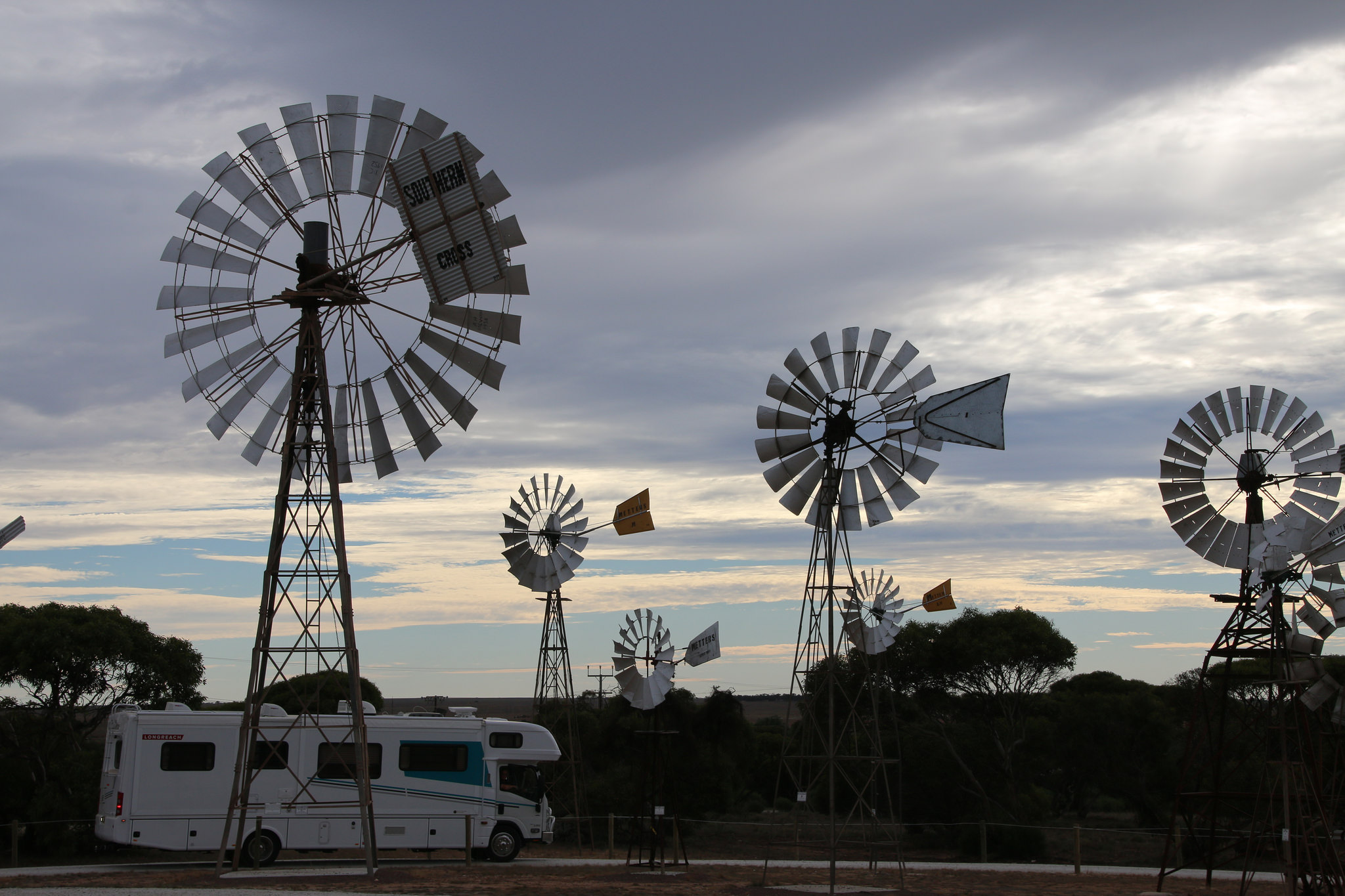 penong nullarbor plain accommodation